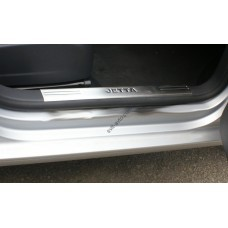Volkswagen Jetta 2006-2011 Накладки на внутренние пороги 2шт