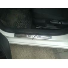 Volkswagen Jetta (2011-) Накладки на порожки 4шт