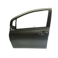 Дверь передняя правая Toyota Yaris 06-11 хетчбек (FPS) 6711152150