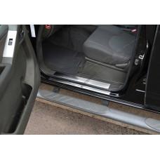 Nissan Navara (2006-) Накладки на дверные пороги 8шт