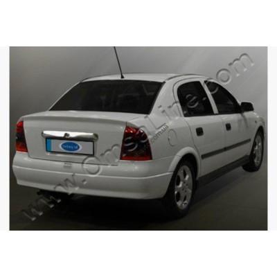 Opel Astra G (1998-) Накладка над номером на багажник - 5201055