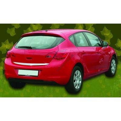 Opel Astra J 5D (2010-) Кромка крышки багажника нижняя - 5216052